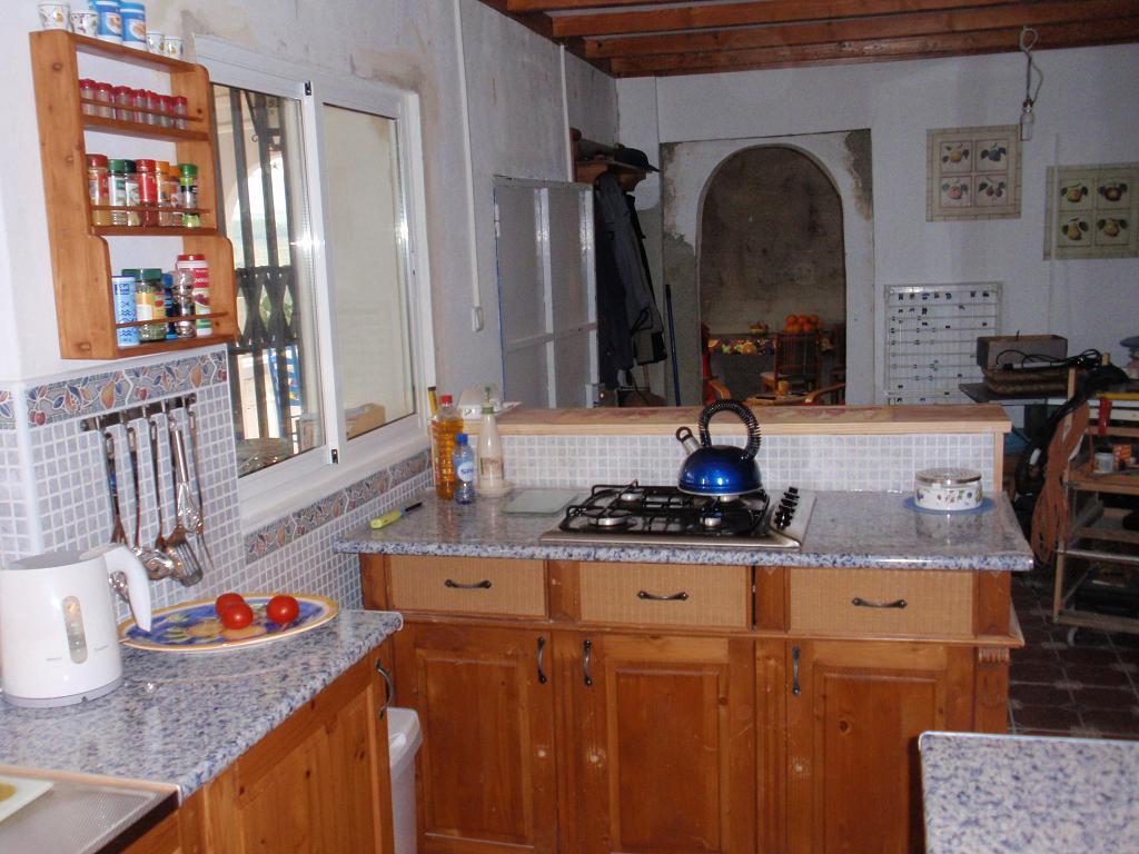 Eenspaanshuis los pinos mei 2012 for Ladenblok keuken
