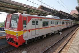 1. Kereta Api Commuter Line