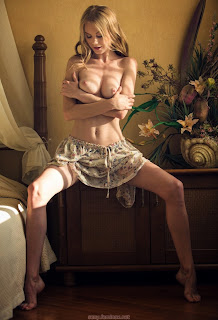 Teen Nude Girl - feminax-sexy-nancy-sensual-poses-in-beauty-and-wild-desire-10-786523.jpg