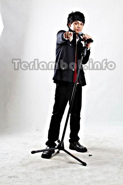 Mikha Angelo X Factor Indonesia 2013