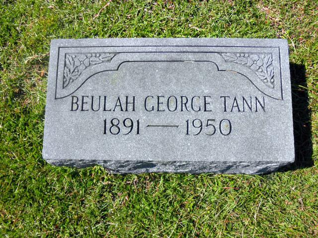 Tumba de George Tann