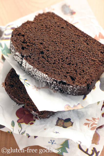 slices of gluten free chocolate gingerbread
