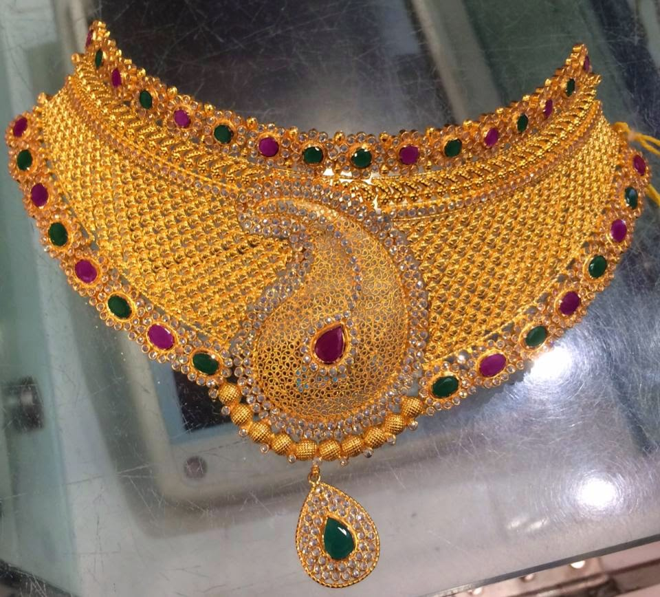 Gold And Diamond Jewellery Designs Indian Diamond Choker: Jewellery Designs : #@ Gold Choker Necklace Set With