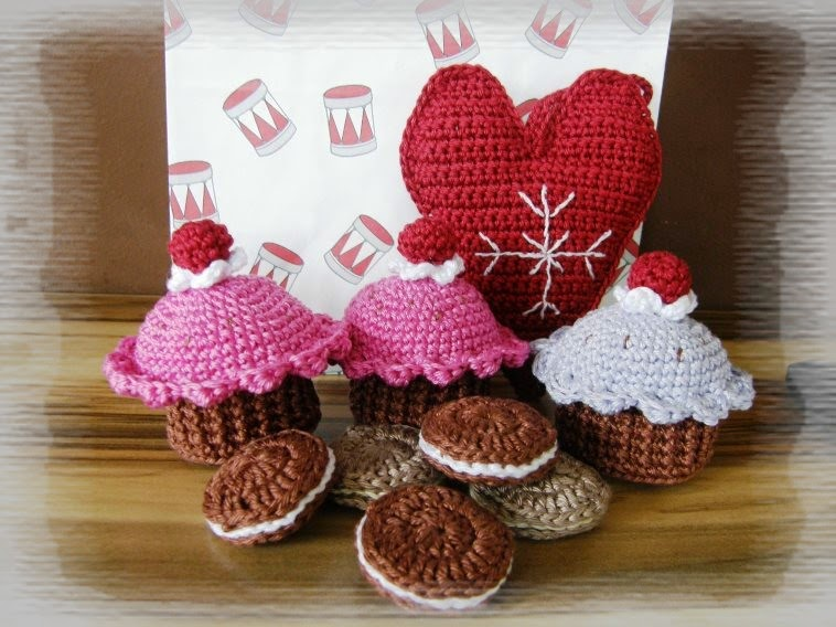 crochet christmas sweets
