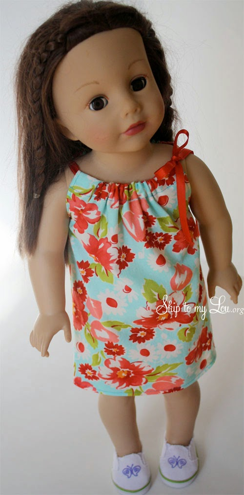 Sewing a doll dress