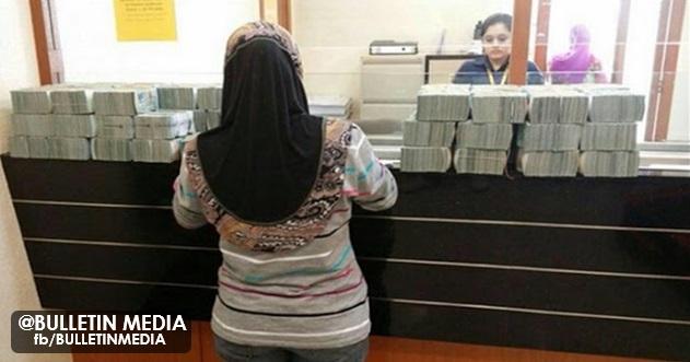 Pegawai Bank Layan Pelanggan Dengan Sombong, Pelanggan Keluarkan 20Juta..
