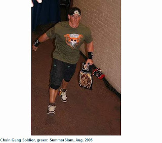 صور | شاهدوا قمصان وملابس جون سينا منذ انطلاقته مع WWE