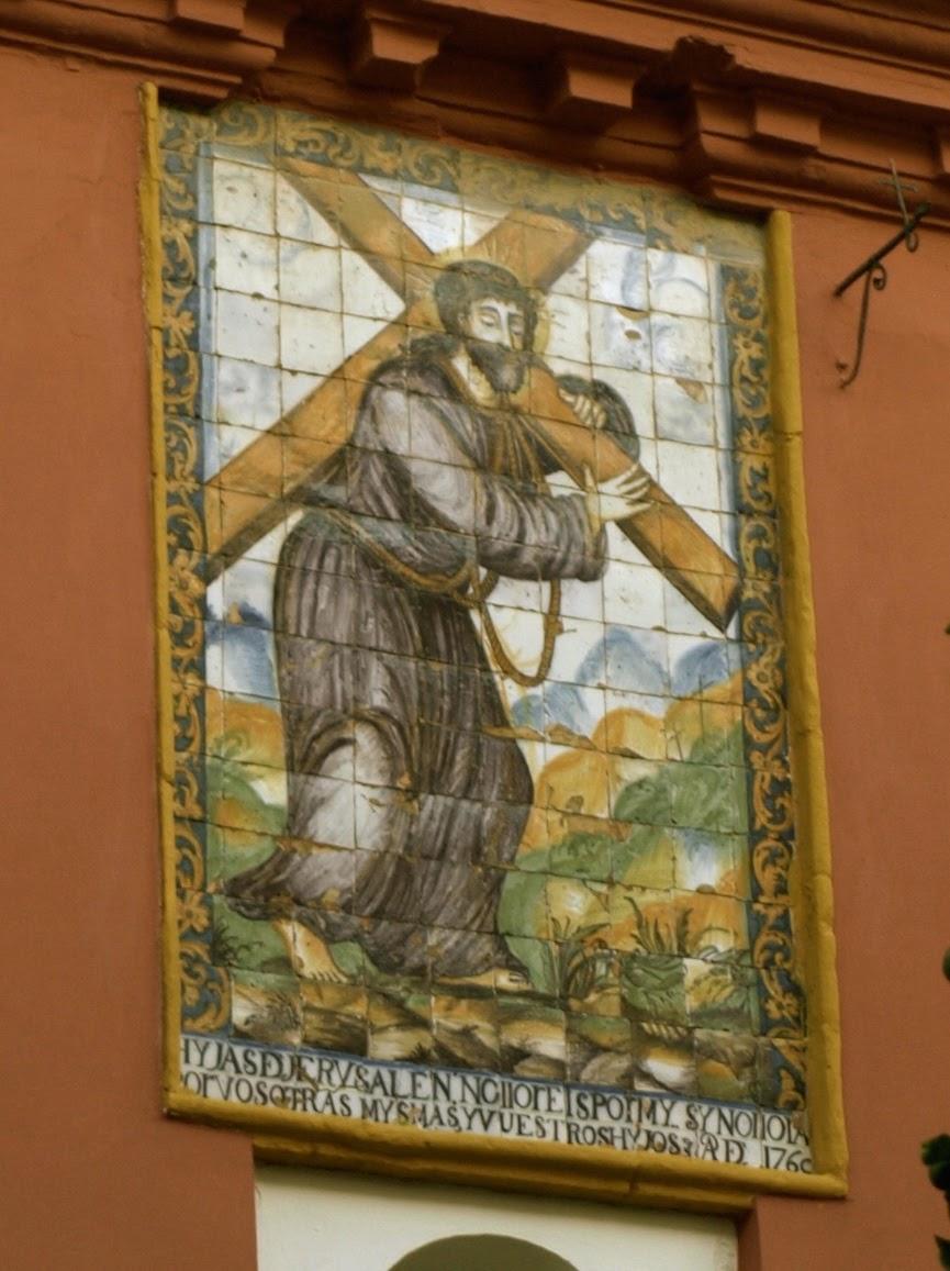 Sevilla daily photo azulejos en la torre de la iglesia de for Azulejos antiguos sevilla