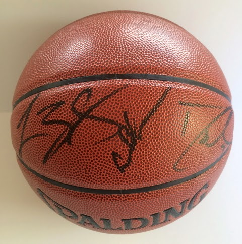 LeBron James / Dwyane Wade / Chris Bosh signed Basketball