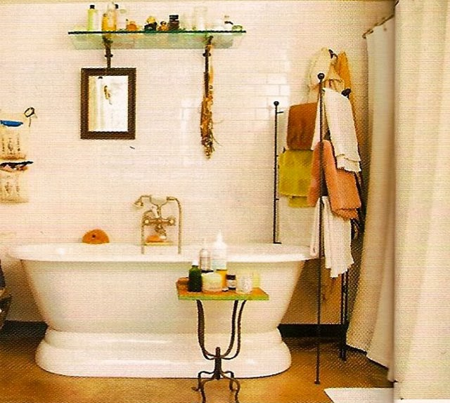 Helena Christensen bathroom