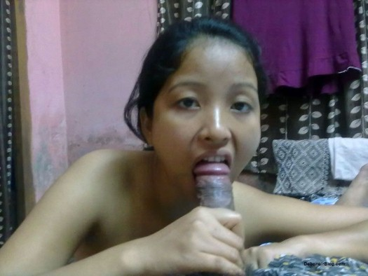 Assamese lady from Guwahati sucking dick and fucked