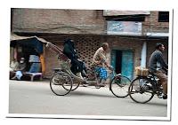 rickshaw en varanasi