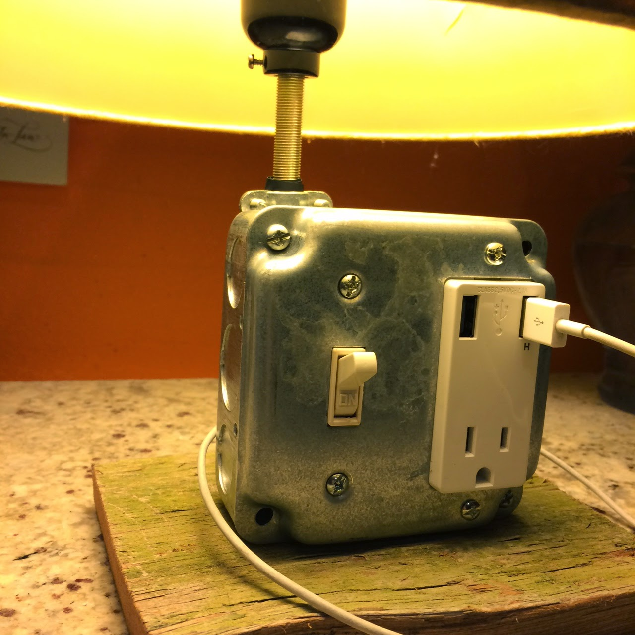 USB Charger lamp - heatherq.com