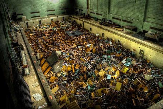 Green Pear Diaries, lugares abandonados, Piscina, Universidad de Rochester, Nueva York