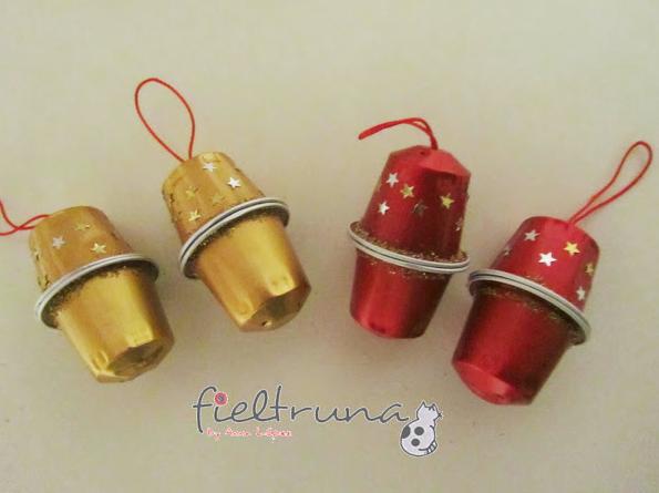 http://manualidades.facilisimo.com/blogs/general/adornos-de-navidad-con-capsulas-nespresso_972837.html