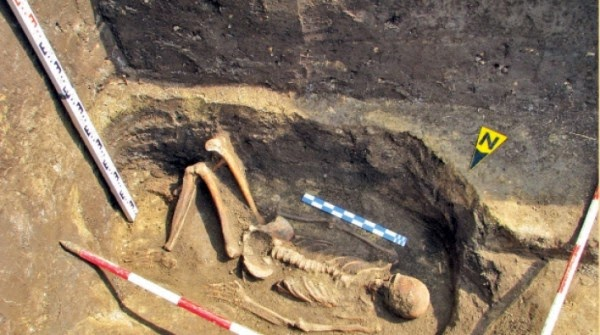 Massive Cover-Up Of Giants In Romania.. What Happened To These Giant Bones?