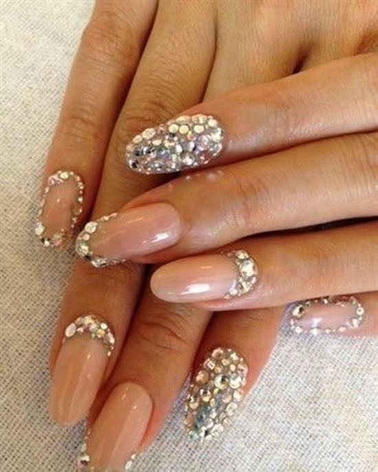 ślubne paznokcie z cyrkoniami swarovskiego