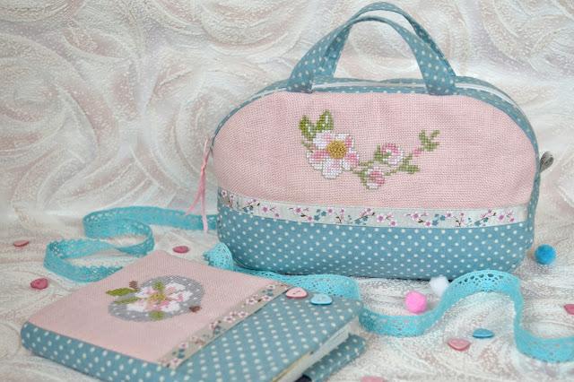 Обложка на блокнот и сумочка для рукоделия