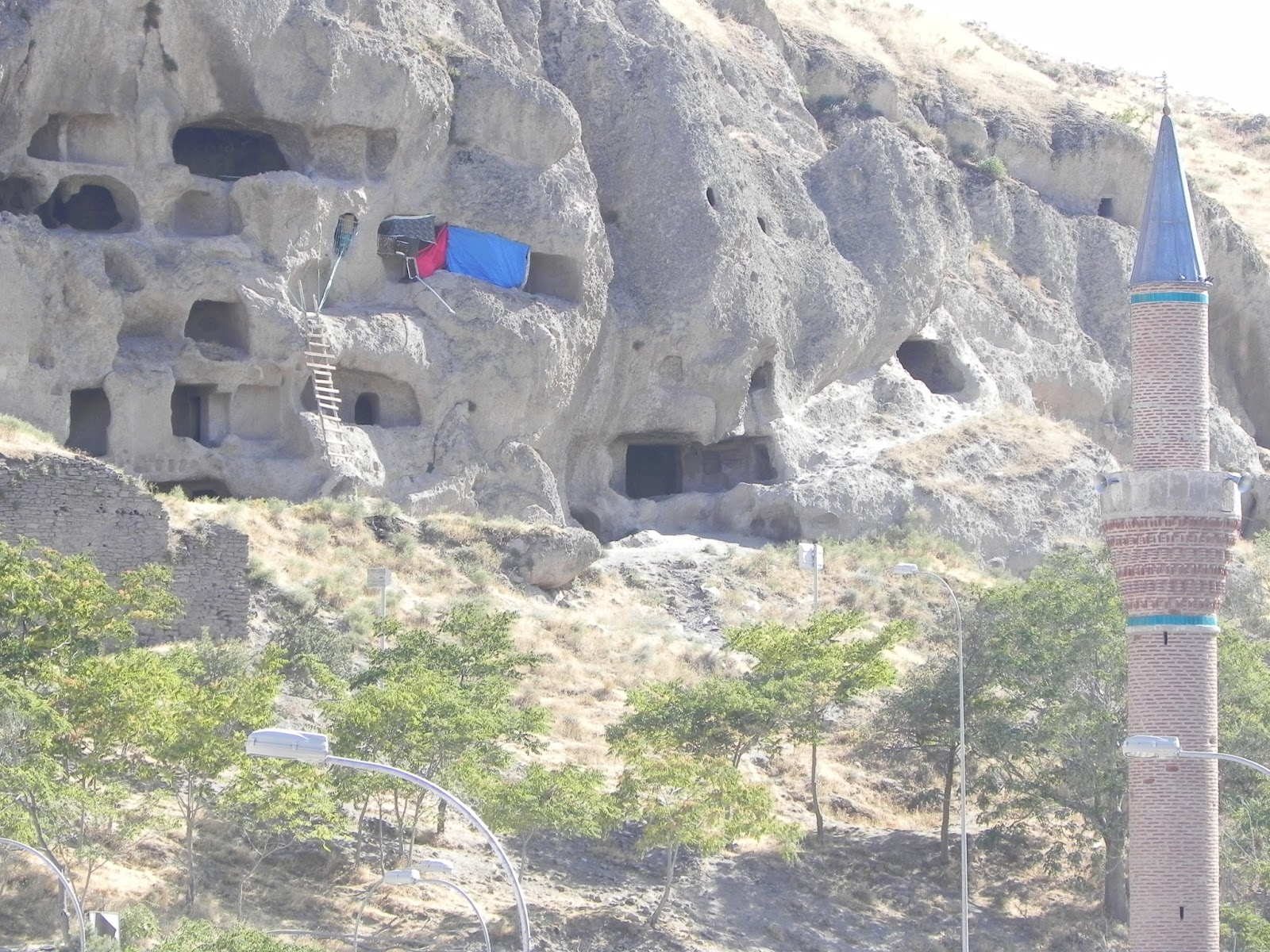 Konya - Sille Köyü ve Aya Eleni Kilisesi  Hayat gezince ...