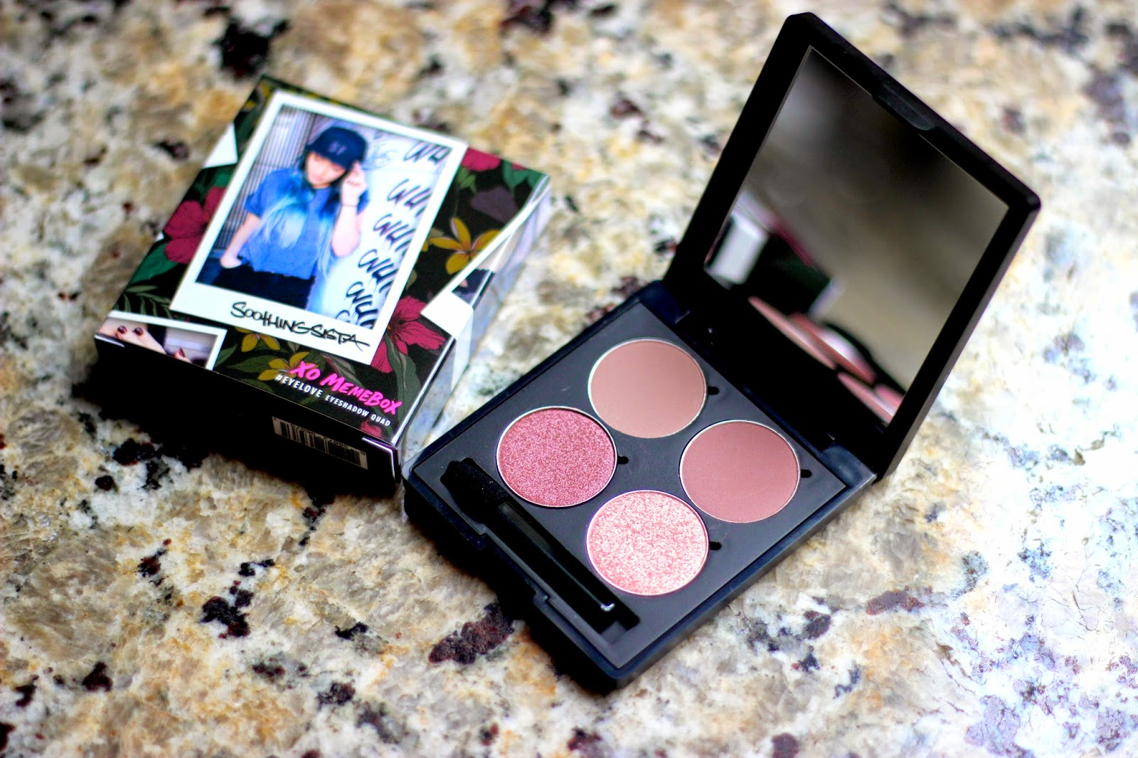 SoothingSista x Memebox #EYELOVESF Eyeshadow Quad