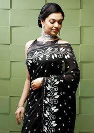 Radhika-Hot-Malayalam-Actress-6