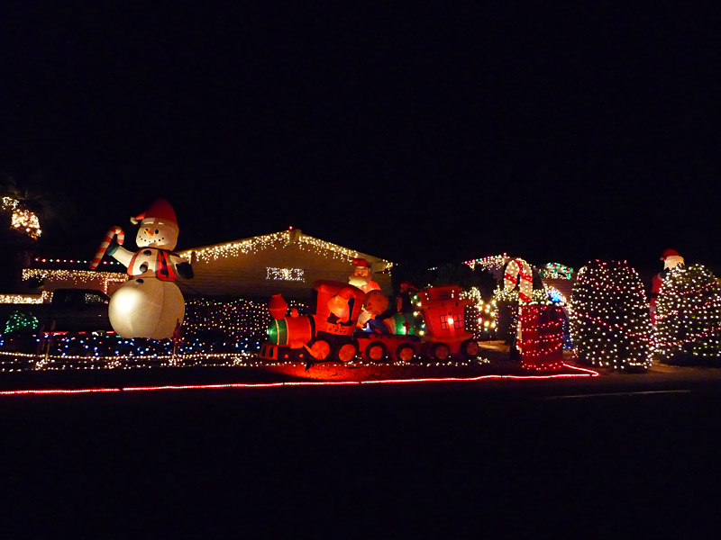Fountain Valley Christmas Lights