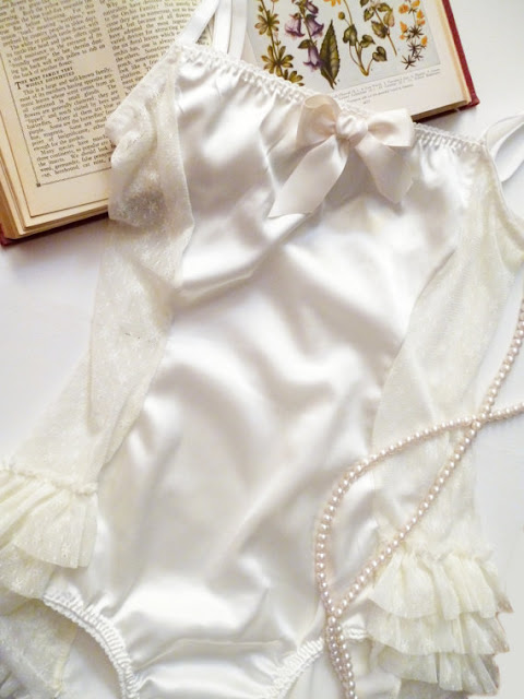 ohhh lulu white ruffle and lace lingerie