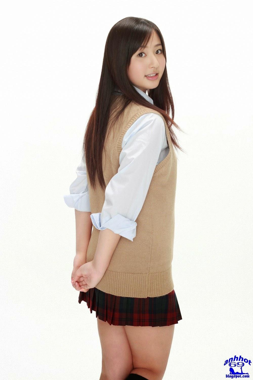 yuri-murakami-00562563