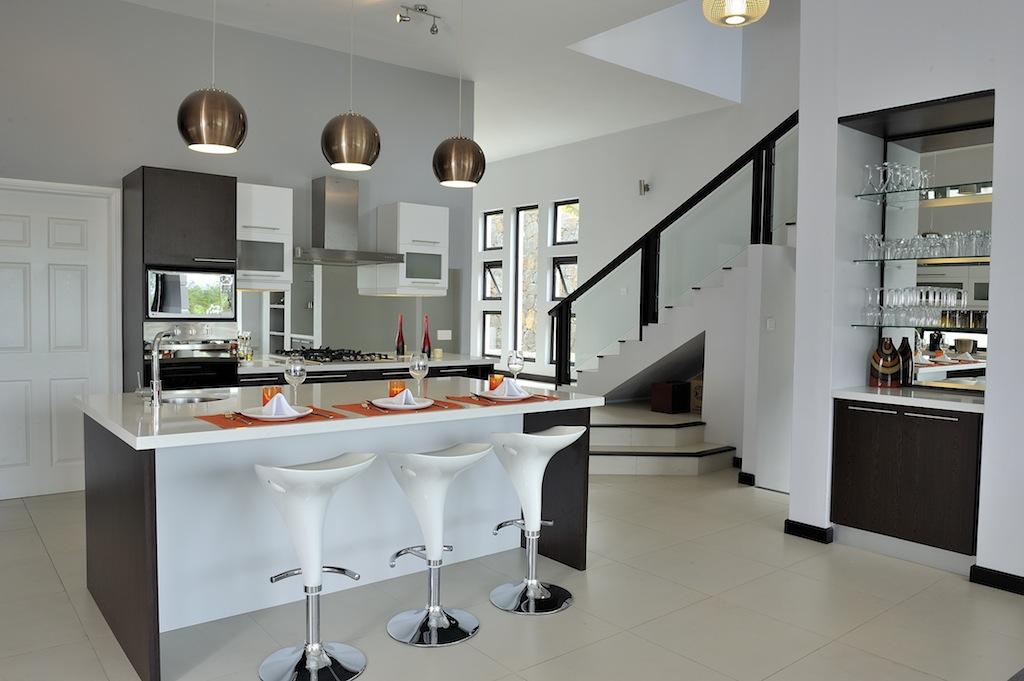 interesting cuisine ouverte avec ilot cuisine americaine semi ouverte idee collection with semi. Black Bedroom Furniture Sets. Home Design Ideas