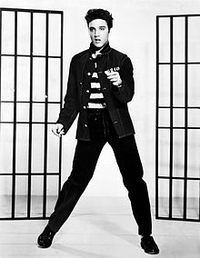 Hoe Ten Years After aan zijn naam kwam - Elvis Presley promoting Jailhouse Rock