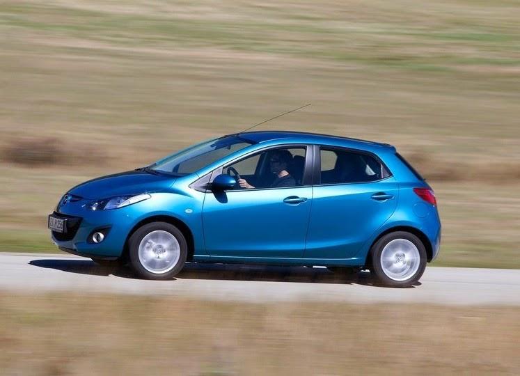 صور سيارة مازدا 2 Mazda 2 2012