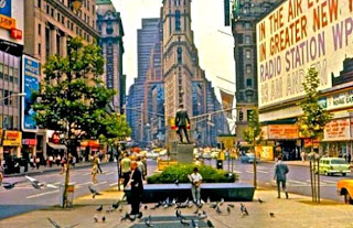 Times Square (Best Honeymoon Destinations In USA) 9
