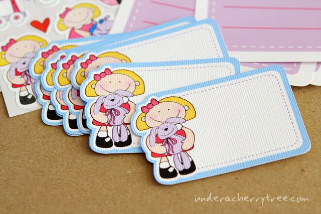 http://underacherrytree.blogspot.com/2014/08/jins-diy-dollies-stationery-set.html
