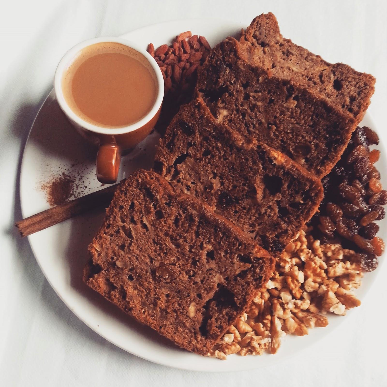 Ciasto biszkoptowe z cynamonem