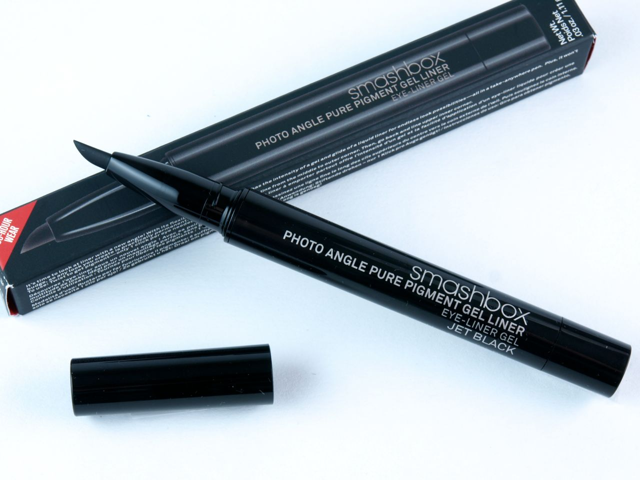 "Smashbox Photo Angle Pure Pigment Gel Eyeliner in ""Jet Black"": Review and Swatches"