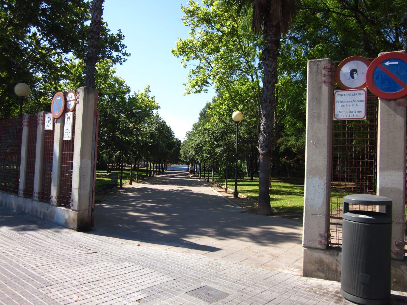 Me he metido en un jard n el parque del oeste for Cementerio jardin del oeste