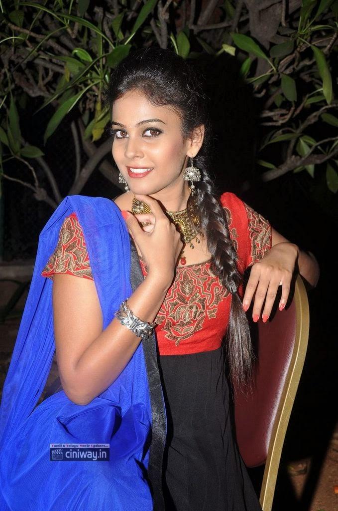 Kiraak-Movie-Actress-Chandhini-Stills-at-Movie-Audio-Launch