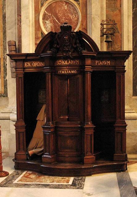 Confessionário na Basílica de São Pedro, Roma