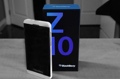 El día de hoy BlackBerry ha anunciado que el BlackBerry 10 será vendido en Brasil por cuatro operadoras telefonicas, Las operadoras que llevarán el BlackBerry Z10 a cada uno de los residentes brasileños son Telefónica / Vivo, Oi, TIM y Claro. Según el sitio web telecompaper Adriano Lino, gerente de inteligencia de mercado para BlackBerry en América Latina, dijo que todavía se está negociando con Nextel, la cual es controlada por el holding Nii. La empresa no cuenta con una fecha específica para el lanzamiento en Brasil. En América Latina, los nuevos dispositivos saldrán a la venta el 12 de