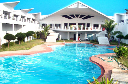 Resorts in puri holiday in resorts for Resorts in kodaikanal with swimming pool