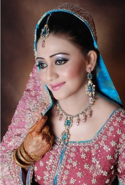 Perfect Bridal Makeup Images : Perfect Bridal Makeup Fashion in New Look
