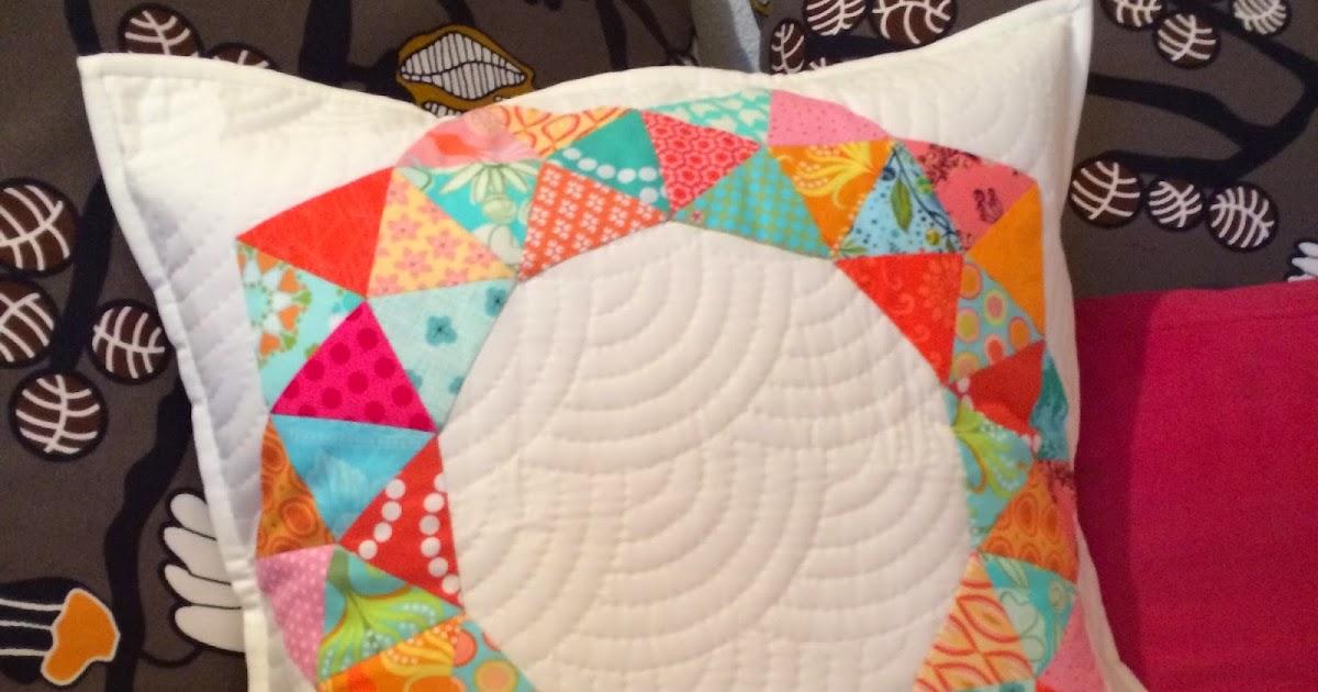 quiltmanufaktur blog swap pen 5 runde kissen f r johanna. Black Bedroom Furniture Sets. Home Design Ideas