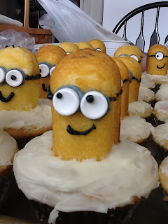 Minion Cupcakes