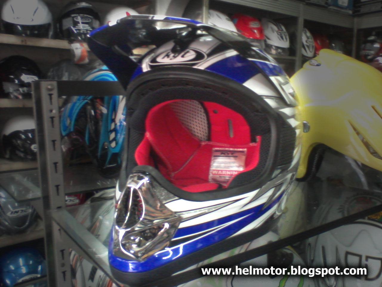 Helm KYT Cross ~ Helm Vespa