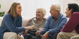 4 Hal Yang Jangan Anda Lakukan Saat Kenalan Dengan Calon Mertua