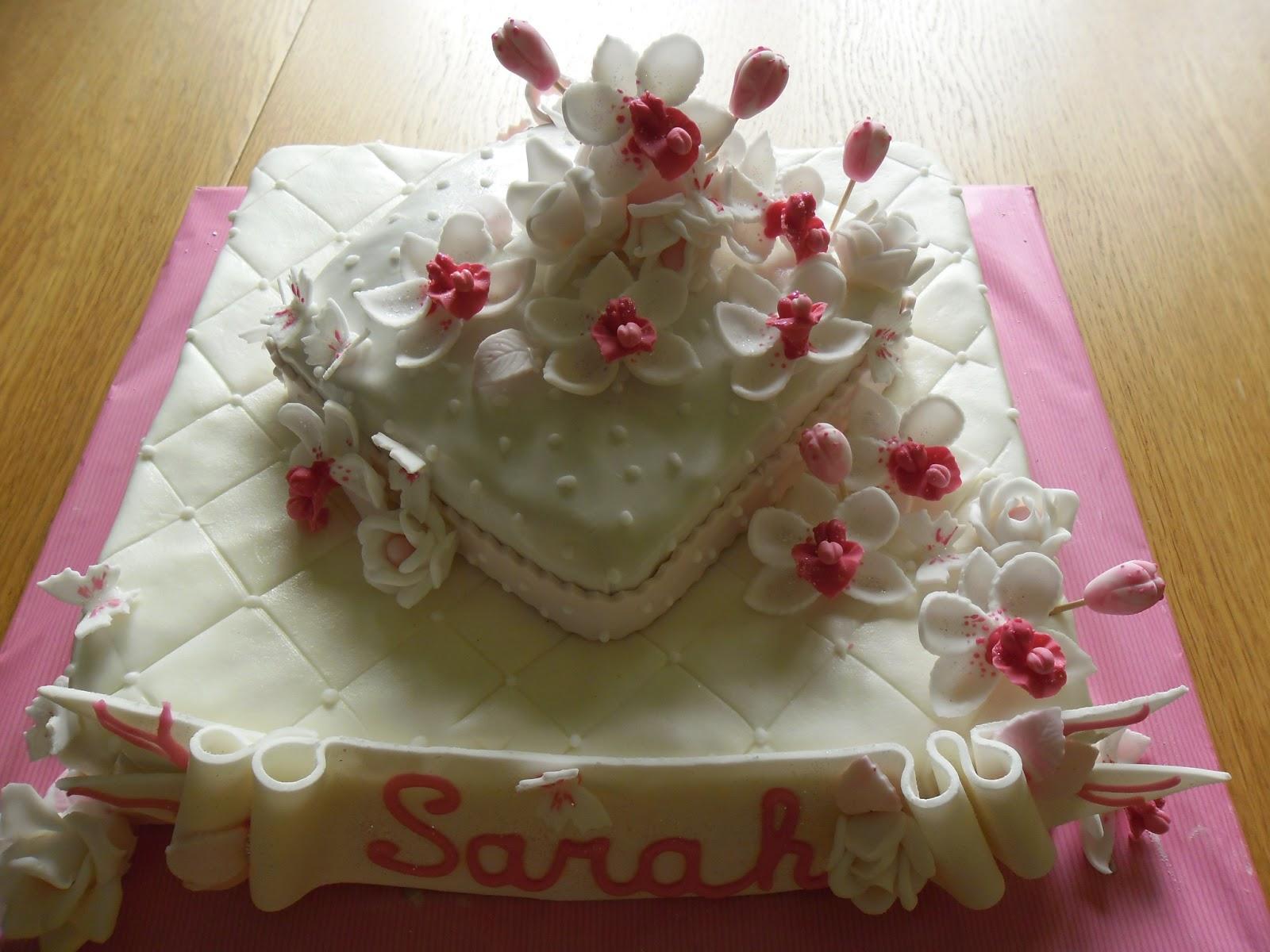 gâteau danniversaire orchidées en pâte à sucre  GATEAUX DALINE