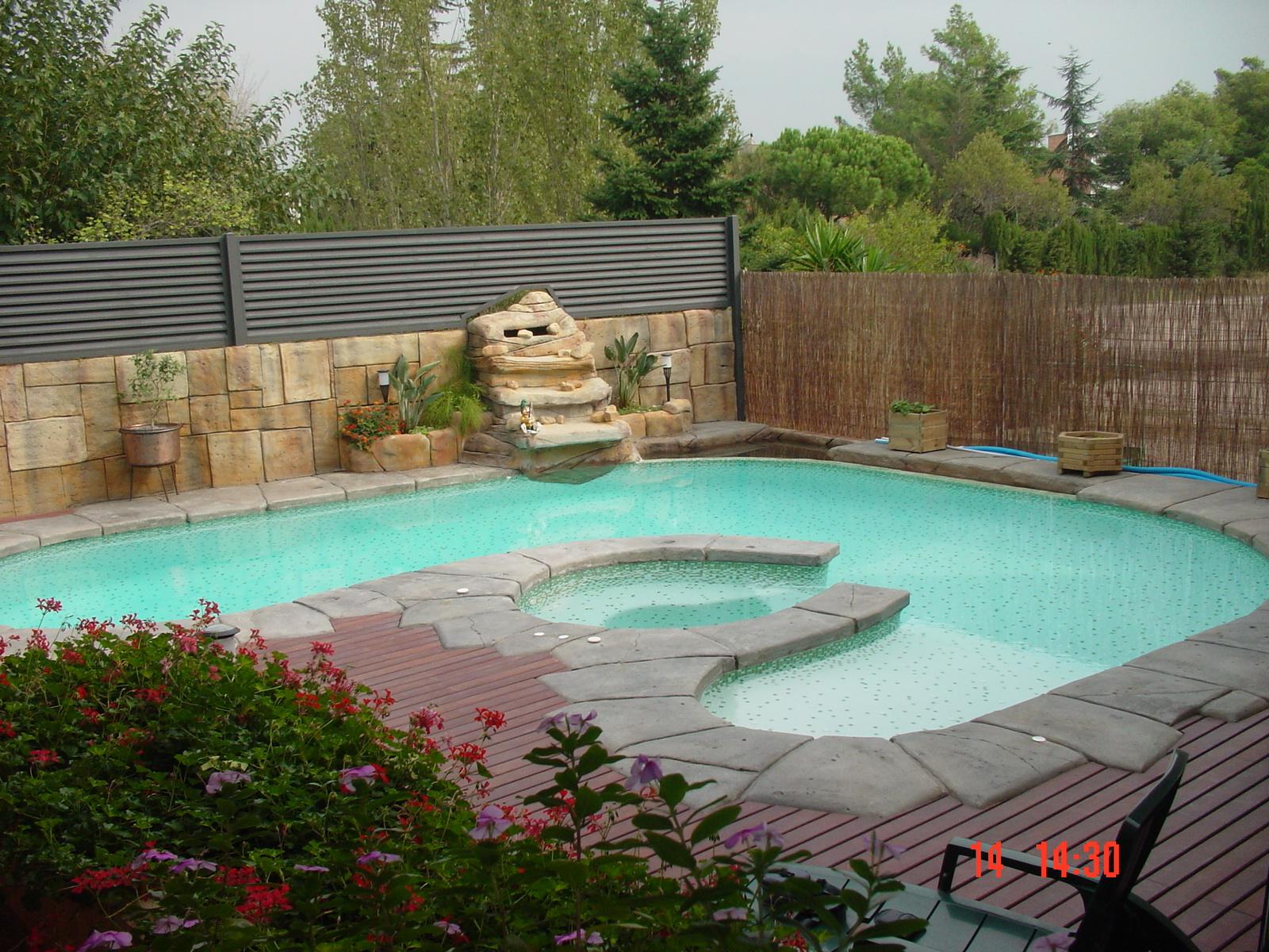 Piscinas atep emplazamiento de una piscina for Polvo en la piscina