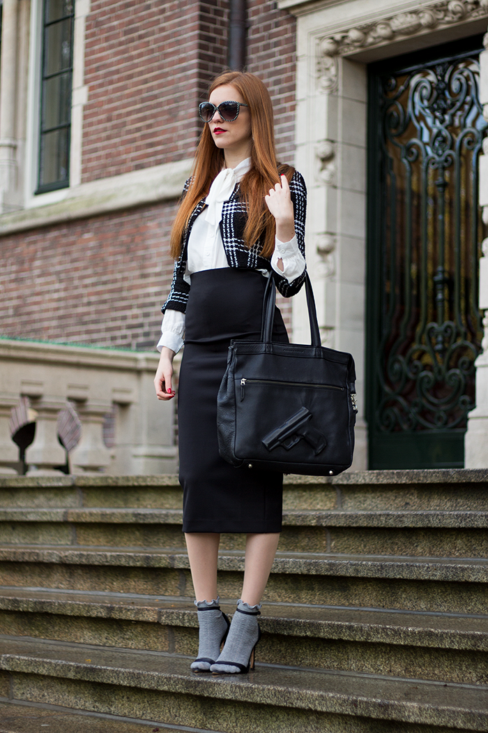 Socks in sandals fashion blogger outfit with midi skirt, cropped jacket and red hair