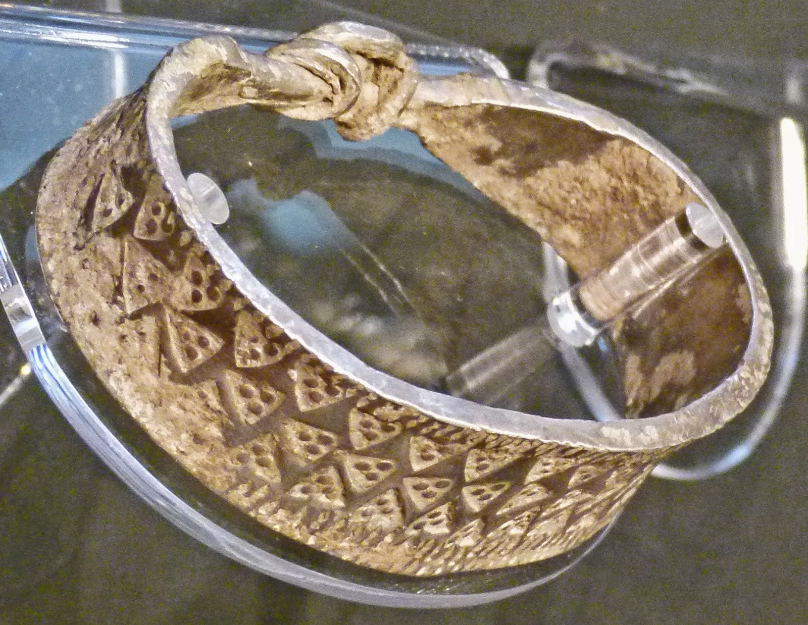 Viking jewellery, Danes, Norsemen, buried treasure, north-west England