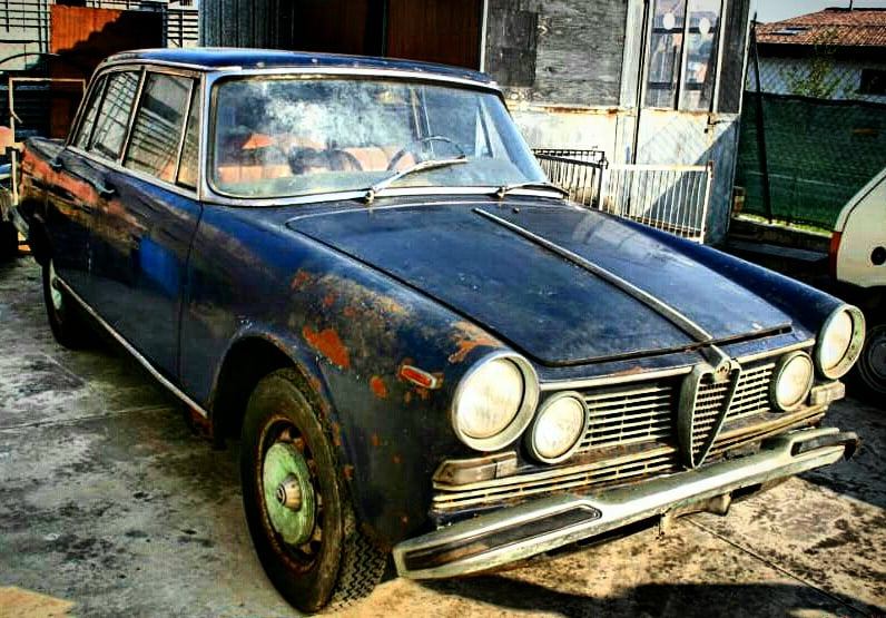 Alfa Romeo 2600,